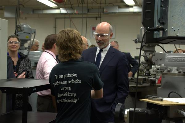 Governor Tom Wolf Visits MCTI